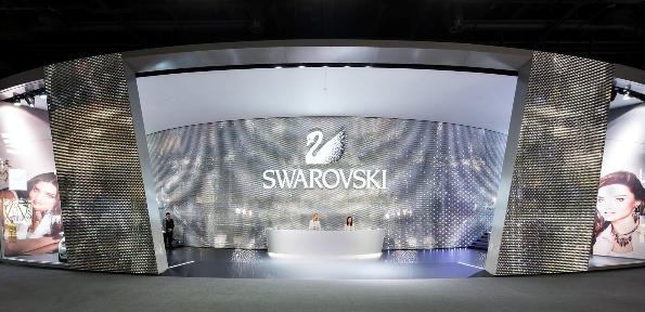 Swarovski_stand_basel14_fashionfiles