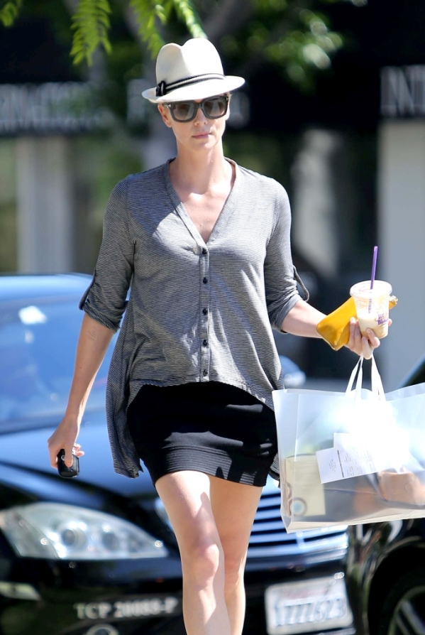 Charlize_Theron_fashion_files